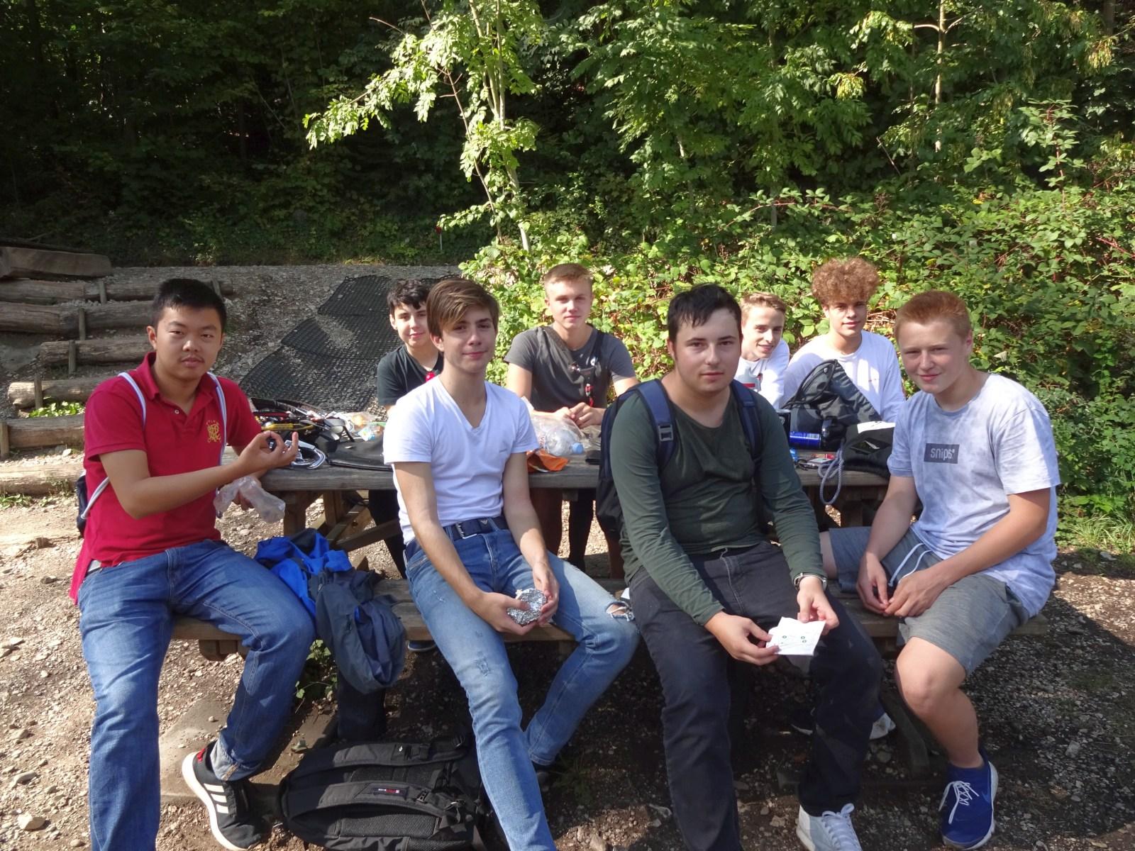 Schulreise Adventure Park Rheinfall Klasse G2b 14 9 18 Neue Schule Zurich